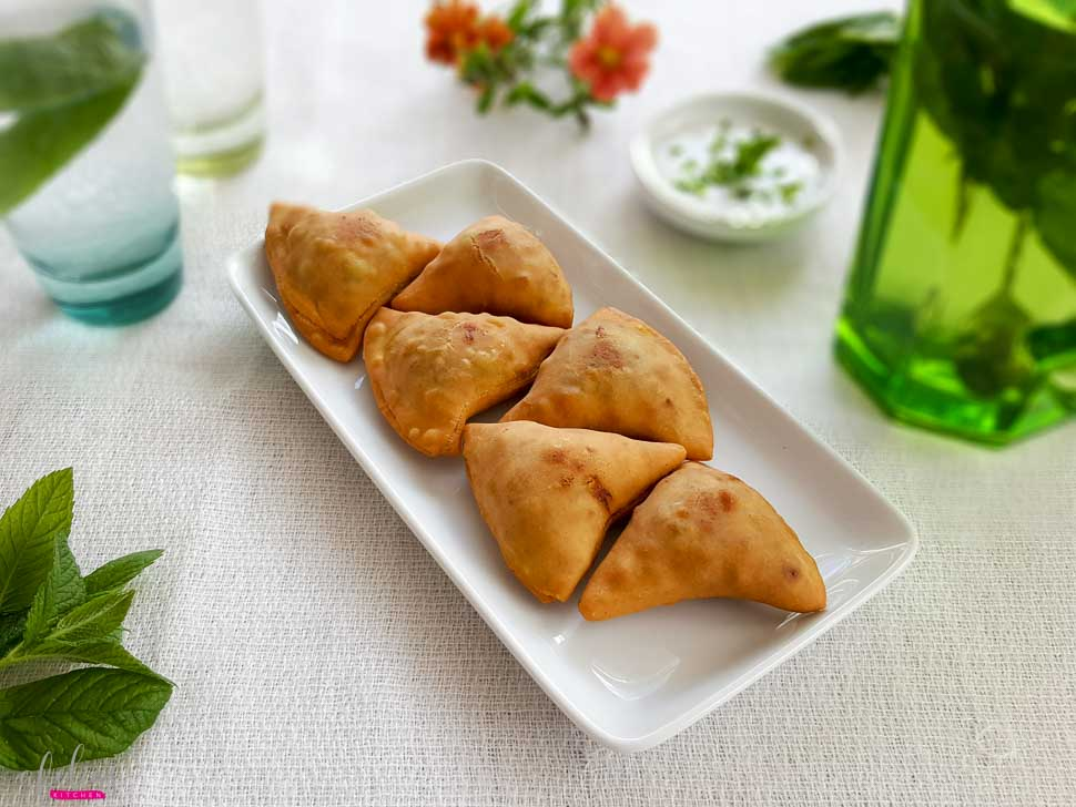 Homemade Mini Potato And Peas Samosas