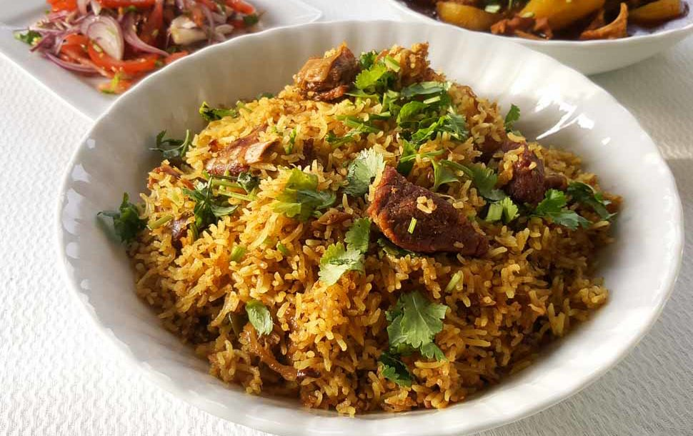 How to make Chicken Biryani - an Indian Chicken and Rice Video Recipe - Watch indian cooking videos by Hetal and Anuja. Easy to follow healthy indian recipe videos, curry recipes, chicken recipes, south indian recipes, north indian recipes, vegetarian recipes, non-veg recipes on internetmovie.ml