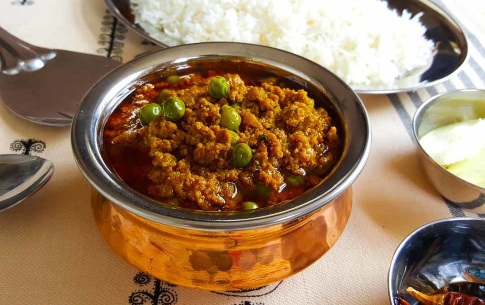 Classic keema matar afeliaskitchen it really does feel like forever since ive sat down to write up a recipe ive had a close family wedding and so many family gatherings in the space of the forumfinder Gallery